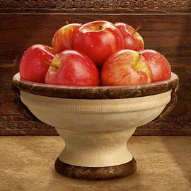 Danny Smythe - Apple Bowl