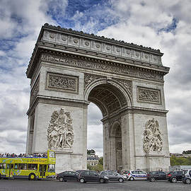 Kim Andelkovic - Arc de Triomph - Paris