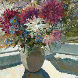 Juliya Zhukova - Asters on the window