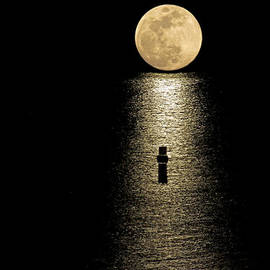 Bob Hislop - Auspicious Moon