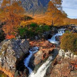 John Kelly - Autumn View of Buachaille Etive Mor and River Coupall near Glencoe in Scotland