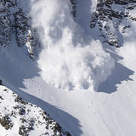 Avalanche II by Bill Gallagher
