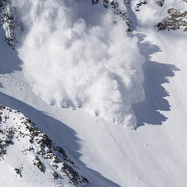 Avalanche III by Bill Gallagher