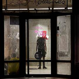 Colleen Williams - Avant-Garde Theatre