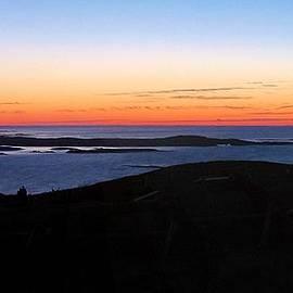 Robert McCulloch - Awaiting Dawn