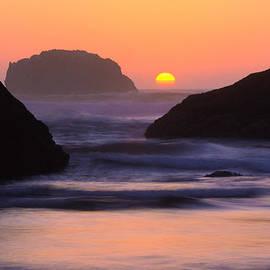 Bandon Beach Last Light by Inge Johnsson