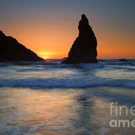 Bandon Sundown by Mike  Dawson