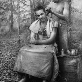 Mike Savad - Barber - WWII - GI Haircut