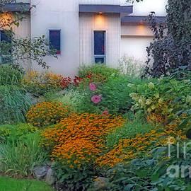 Kay Novy - Beautiful Garden At Twilight