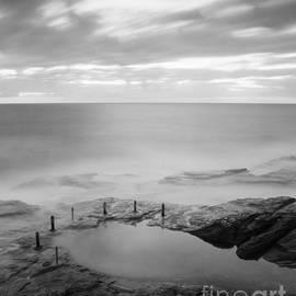Colin and Linda McKie - Before Dawn Cuzco Pool Sydney