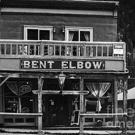 Bent Elbow by Janice Pariza