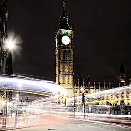 Jasna Buncic - Big Ben with Light Trails