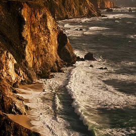 Big Sur Coast by Lee Kirchhevel