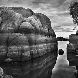 Black and White Rocks at Watson Lake near Prescott Arizona by Dave Dilli