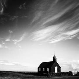 Nina Papiorek - Black Church