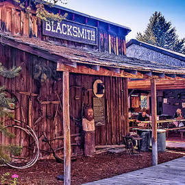 Bob and Nadine Johnston - Blacksmith Shop Oregon