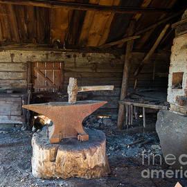 Torbjorn Swenelius - Blacksmiths tools