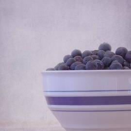 Kim Hojnacki - Blueberry Splash