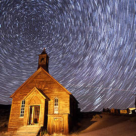 Cat Connor - Bodie Star Trails