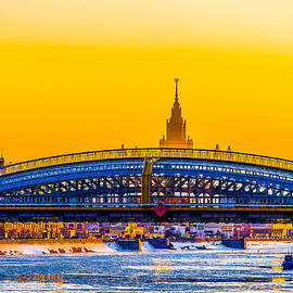 Bogdan Khmelnitsky Bridge and Moscow State University by Alexander Senin