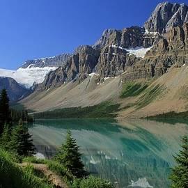 Bow Lake 2 by Mo Barton