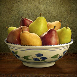 Danny Smythe - Bowl of Mixed Pears