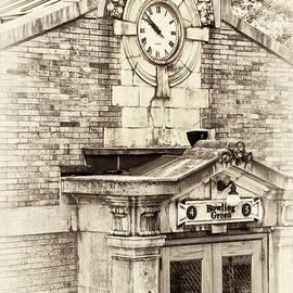 Regina Geoghan - Bowling Green Station NYC