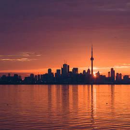 Georgia Mizuleva - Bright and Orange Toronto Sunrise