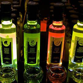 Venetia Featherstone-Witty - Brilliant Bottles of Gourmet Olive Oils
