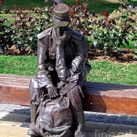 Jay Milo - Bronze Mailman Resting