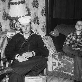 Joe Paradis - Brothers Grieve A Fathers Death