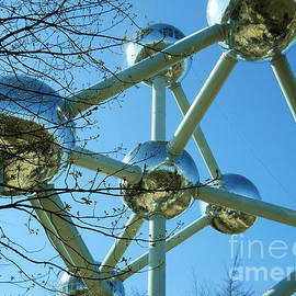 Ramona Matei - Brussels Urban Blue