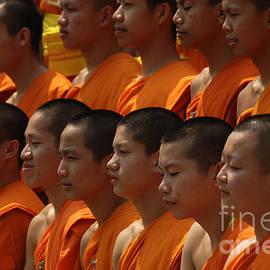 Bob Christopher - Buddhist Monks Thailand 2
