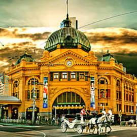 Busy Flinders St Station by Az Jackson