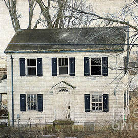 Luther Fine Art - But I Still Live Here