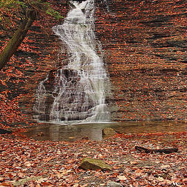 Buttermilk Falls by Marcia Colelli
