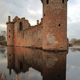 Grant Glendinning - Caelaverock Castle
