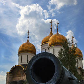 Madeline Ellis - Cannon and Cathedral  - Russia