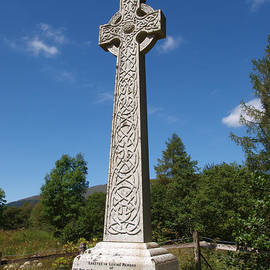 Michaela Perryman - Celtic Cross