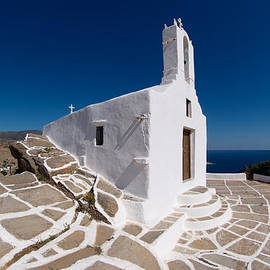 George Atsametakis - Chapel in Ios island