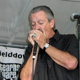 Charlie Musselwhite on Harmonica by Mike Martin