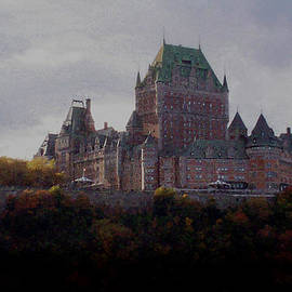 Richard Andrews - Chateau Frontenac in Autumn