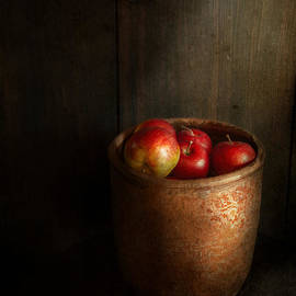 Mike Savad - Chef - Fruit - Apples