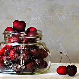 Carol Eade - Cherries