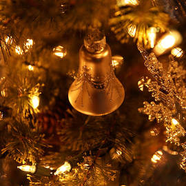 Christmas Bell by Linda Shafer