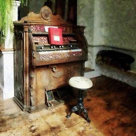 Susan Savad - Church Organ With Swivel Stool