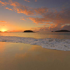 Stephen  Vecchiotti - Cinnamon Bay Sunset Reflections