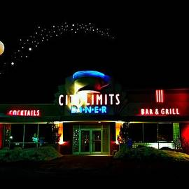 City Limits Diner Under Stars