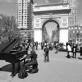 Allen Beatty - Classical Piano in Washington Square Park