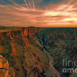 Color of the Grand Canyon South Rim V8 by Douglas Barnard